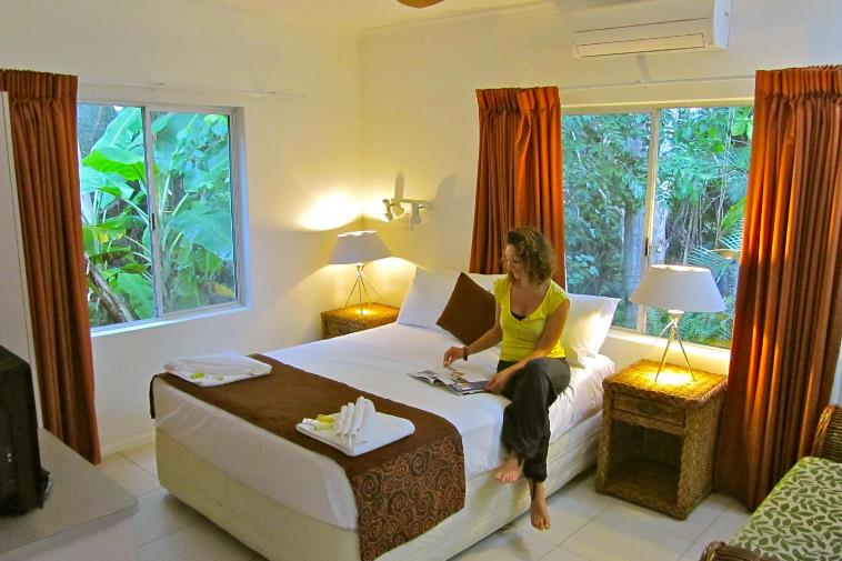 Cairns Honeymoon Suite